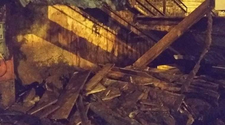 Elphinstone stampede, Charni FoB collapse, Foot overbridge, collapse of overbridge, Mumbai locals, Mumbai station., Indian Railways, Central Railway, Western Railway, Railway accidents, Station accdents, Mumbai stampede, Indian News, Mumbai News, Indian Express