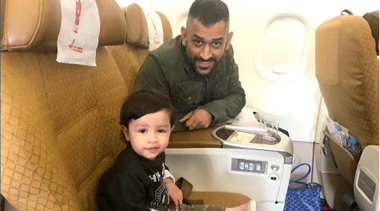 MS Dhoni, MS Dhoni's daughter Ziva, Ziva, Ziva dhoni, Dhoni ziva, Ziva Malayalam song, cute ziva video, ziva viral video, social media viral, indian express, indian express news