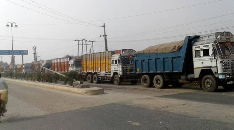 Air pollution: Ban on entry of trucks in Delhi extended