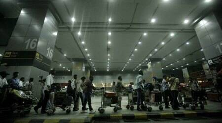 Over 4-hour delay leaves 125 stranded at Puneairport