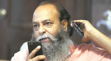 Padmavati controversy: Suraj Pal Amu doubled bounty for Deepika and says she is one of his favourite actors