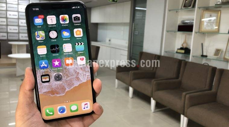 iPhone X, iPhone 10, Apple, Apple iphone x gestures, Apple iphone x screenshots, Apple iPhone x kill apps, Apple iPhone x Siri, how to kill apps on iPhone X, how to take screenshots on iphone X