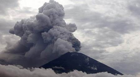 Bali volcano: Airlines limit flights to avoid volcanic ash, tourists remainstranded