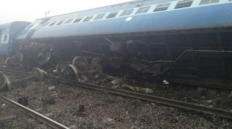 At least thirteen coaches of the Vasco Da Gama-Patna express derailed at Manikpur railway station in Chitrakoot, Uttar Pradesh.