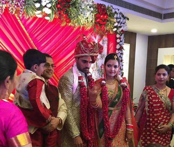 Bhuvneshwar Kumar marriage with Nupur Nagar