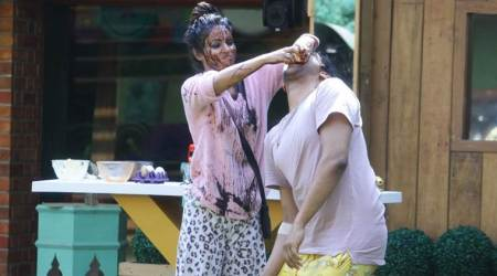 Bigg Boss 11 Weekend Ka Vaar, November 18 preview: Hina and Vikas fight during Sunny Leone's saucy task