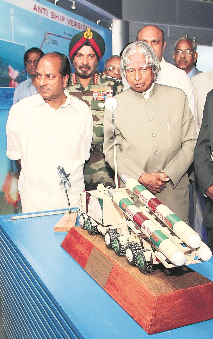 Brahmos missile, brahmos missile images, brahmos pics, brahmos missile pictures, brahmos photos, Sukhoi-30 MKI fighter aircraft , brahmos launch, indian express