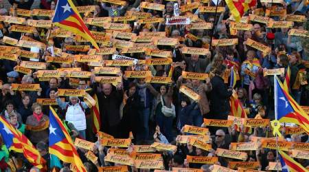 Thousands demand release of jailed separatists in Barcelona