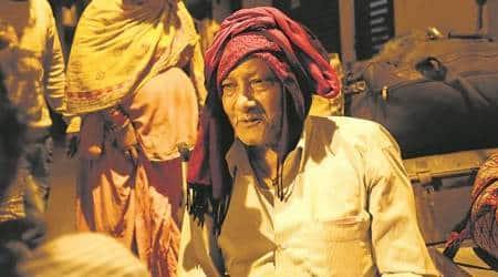 Among Kathputli Colony oustees, a Sufi star, anartist