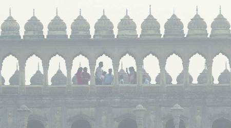 Air quality once again close to danger mark in Lucknow