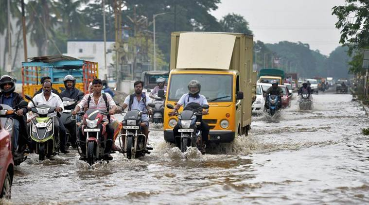 chennai rains, schools closed, Tamil Nadu, chief minister E Palaniswami, south india, monsoon showers, bay of bengal depression, indian express, express online