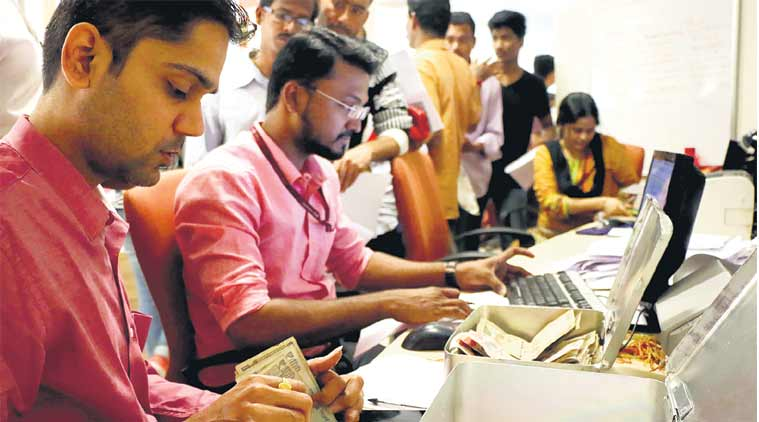 Quota at top: State-run banks and PSUs fare much better than Govt