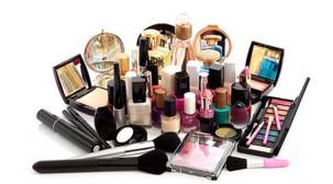 FDA proposes to make licences mandatory for cosmetics retailers