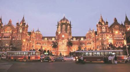Mumbai tour, maximum city, walking tour, dharavi slums, CST, mumbai news