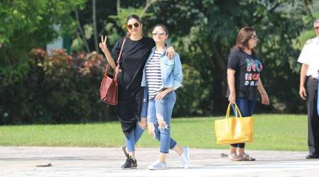 Deepika Padukone's take on casual style at Shah Rukh Khan's birthday outing is simplymarvellous