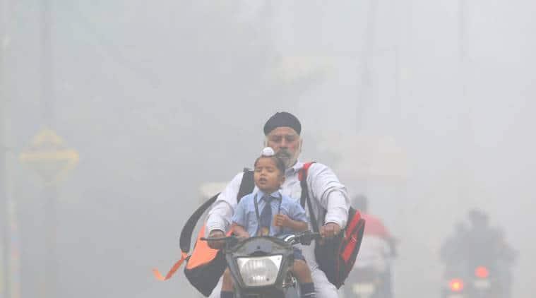 Delhi air pollution, Delhi air quality, air pollution, Delhi expats, air purifier, air quality index, Arvind Kejriwal, delhi visibility, demonetisation anniversary, delhi news