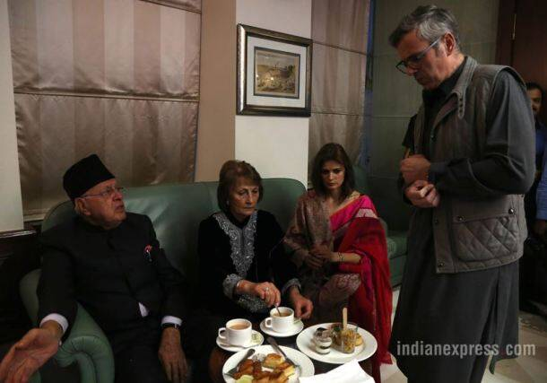 PHOTOS: Farooq Abdullah and family at preview launch of ...