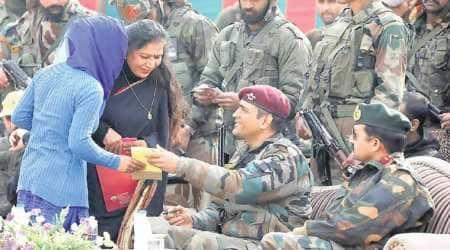 ms dhoni, mahendra singh dhoni, ms dhoni kashmir, indian army, dhoni indian army, kashmir