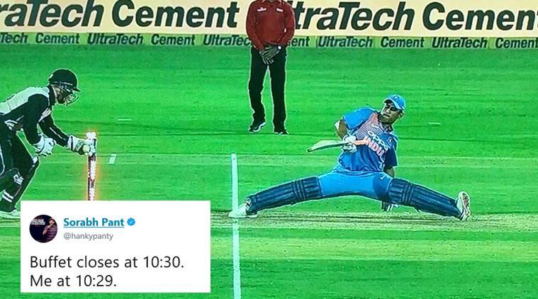 MS Dhoni, Ind vs NZ, india new zealand t20, ind vs nz dhoni, dhoni ind vv nz t20 split, dhoni odd stretch, cricket news, sports news, viral meme, funny memes, indian express