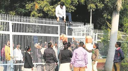 Ruckus at DUSU panel poll after claims of proxyvoting