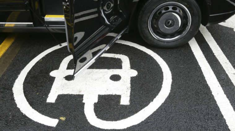 A study seems to indicate that if current electric car systems are modified, they can be used to give power back to electricity grids.
