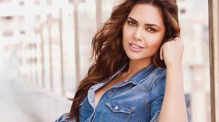 The latest photos of Esha Gupta are setting the internet on fire