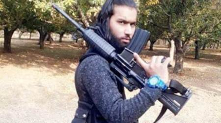 Photo of Hizbul Mujahideen terrorist with US arms goes viral, probe launched