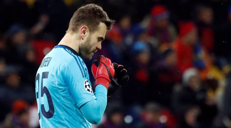Igor Akinfeev *finally* keeps a Champions League clean sheet