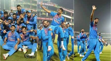 Ashish Nehra, Ashish Nehra retirement, Ashish nehra final match, Rohit Sharma, Virat Kohli, Shikhar Dhawan, India vs New Zealand, Ashish Nehra photos, ind vs nz, cricket, indian express