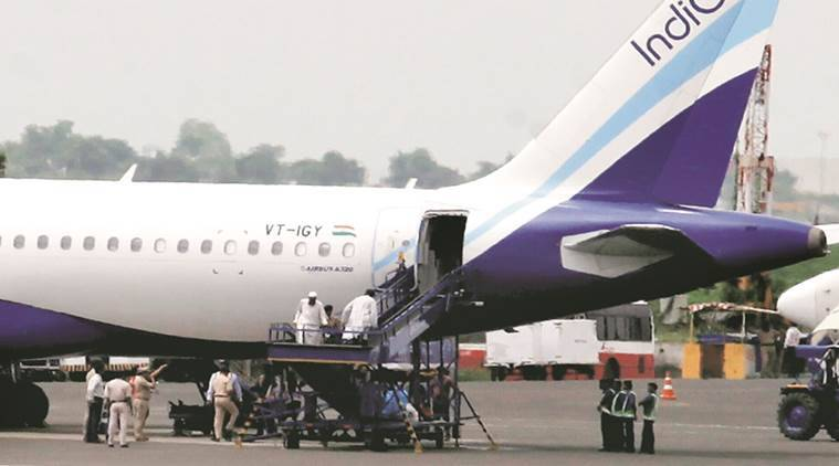 indigo, indigo passenger scuffle, indigo video, indigo passenger beaten, indigo flights, indigo airlines, indian express news