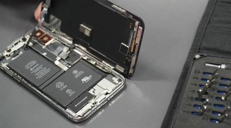 Apple, iPhone X, Apple iPhone X, iPhone X teardown, iPhone X iFixit teardown, iPhone X two batteries, iPhone X interior, Apple iPhone X review, inside iPhone X, Apple iPhone X price in India, Apple iPhone X features, Apple iPhone X specifications, iPhone 8, iPhone 8 Plus