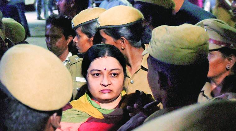 IT raids Sasikala's office at Jaya's residence