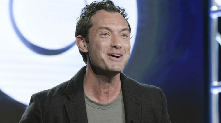 Jude Law in talks to star in 'Captain Marvel' opposite Brie Larson
