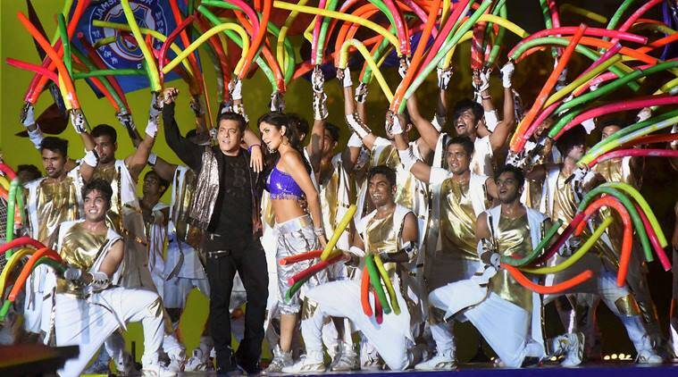 Salman Khan, Katrina Kaif set the stage on fire at ISL 2017 opening ceremony