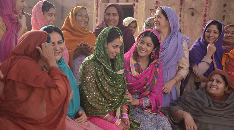kapil sharma's mother and sister in Firangi
