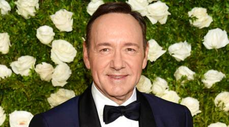 kevin spacey, kevin spacey photo, kevin spacey sexual harrassment, kevin spacey charges