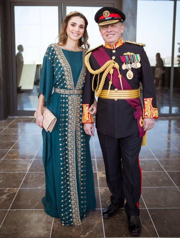 Prince Harry, Meghan Markle, harry meghan engagement, prince harry meghan wedding, royal wedding, prime willam kate, royals who married commoners, royal family outsider wedding, grace kelly, queen rania jordan, princess sofia sweden, royal news, indian express
