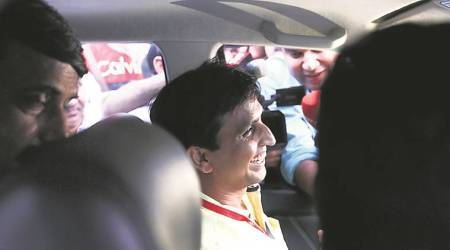 Hurdle to AAP's Jaitley apology plans: its co-founder Kumar Vishwas