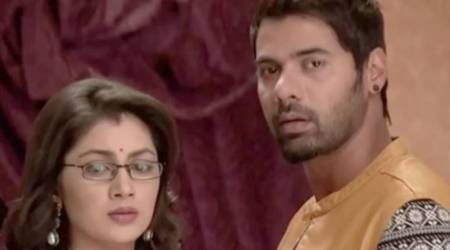 Kumkum Bhagya 2 January 2018 full episode written update: Abhi catches Simolika but she fools him
