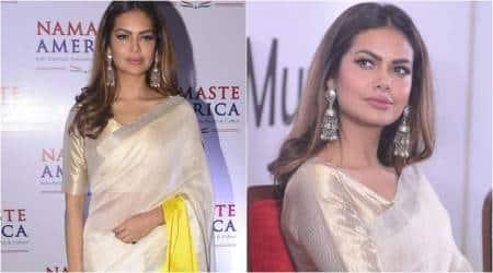 Esha Gupta gives us ethnic inspiration in an elegant colour block sari; seepics