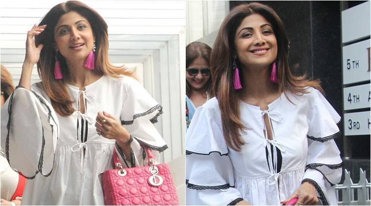 Shilpa Shetty with hot pink bag in Bandra
