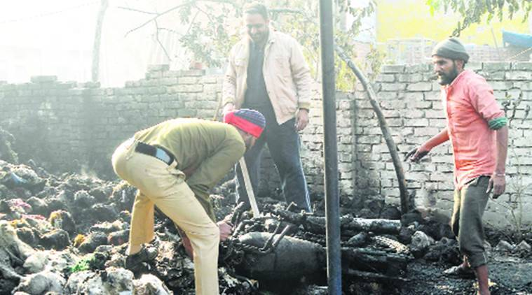 Ludhiana Police checkpost gutted, Ludhiana Police checkpost, Ludhiana Police, Punjab News, Chandigarh News, Indian Express, Indian Express News