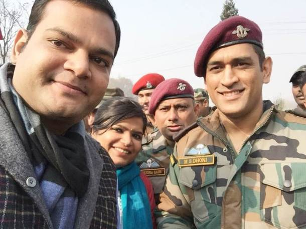 MS Dhoni in Indian Army at APS Srinagar