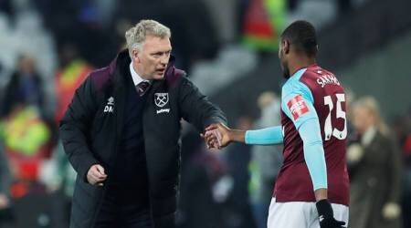 David Moyes and Diafra Sakho for West Ham United against Leicester City