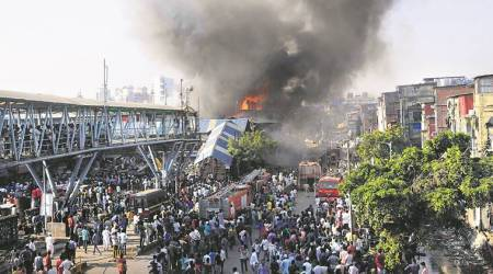 mumbai fire, fire in mumbai, bandra station fire, BMC, BMC encroachment drive, garib nagar slums, mumbai slum fire, mumbai fire injured, mumbai news, latest news, indian express