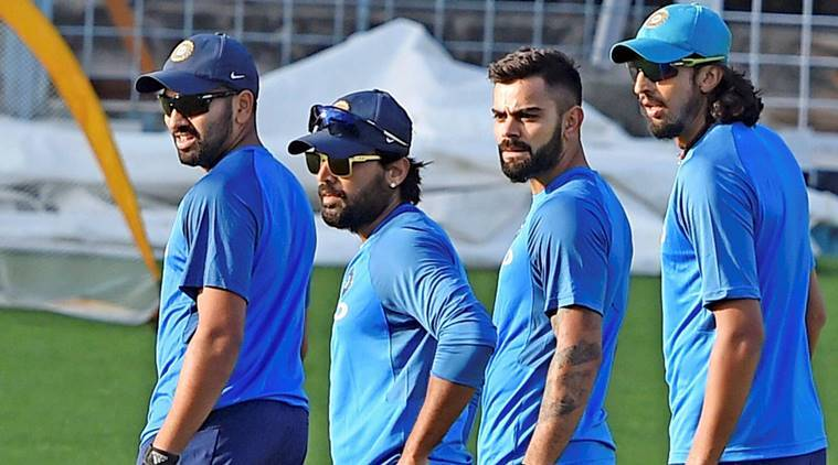 Rain threatens to hold up 1st test as India faces Sri Lanka