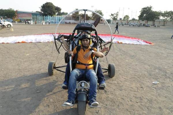 Para-gliders, Rajkot, voting appeal, Gujarat polls, assembly elections, EVM, Election Commission, Indian Express