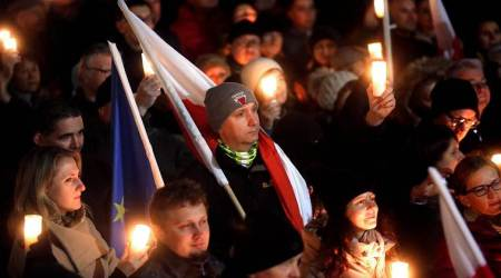 Poles protest planned overhaul of courts, electionbody