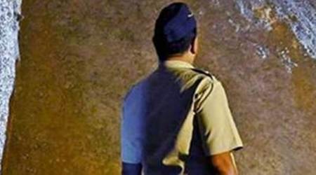 Thane contractor 'commits suicide'
