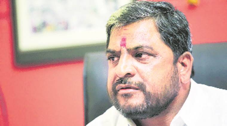 10-15 sugar mills in Maharashtra started crushing without clearing farmers' dues: MP Raju Shetti